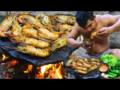 Cooking Lobster on Rock Recipe – Cook Shrimp eat with hot Chili Sauce