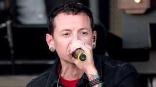 New Divide [Live in Red Square 2011] – Linkin Park